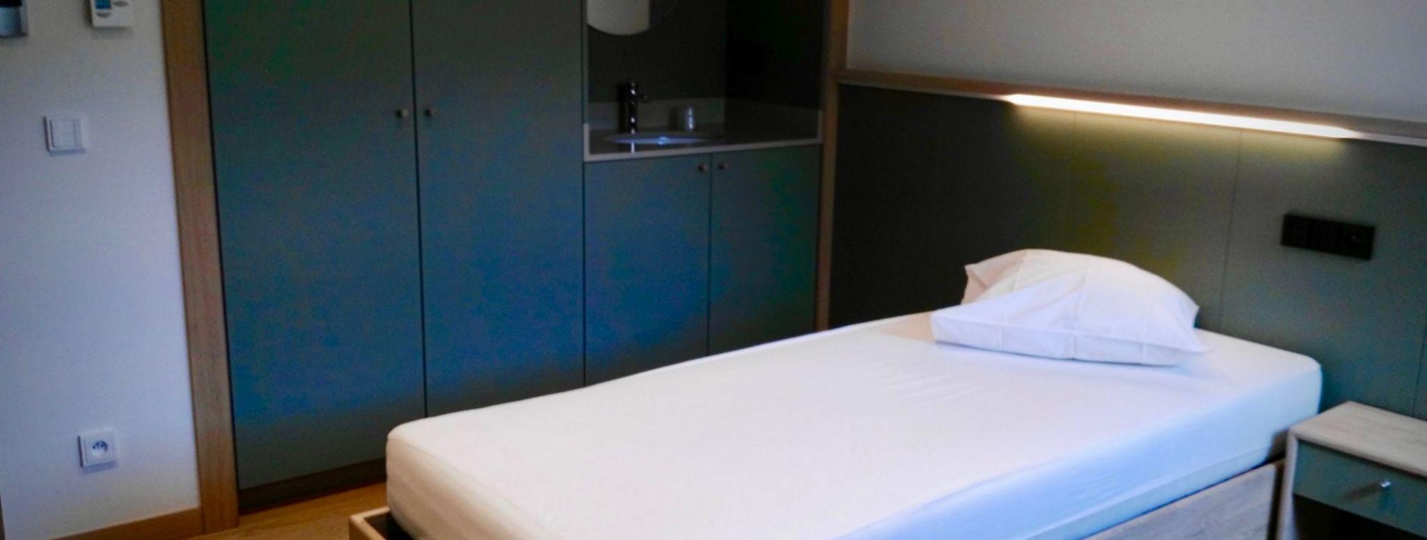 Chambres à un lit sans cabinet de toilette