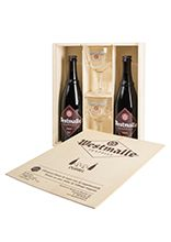 Wooden chest with two 75 cl bottles Dubbel and two 25 cl glasses
